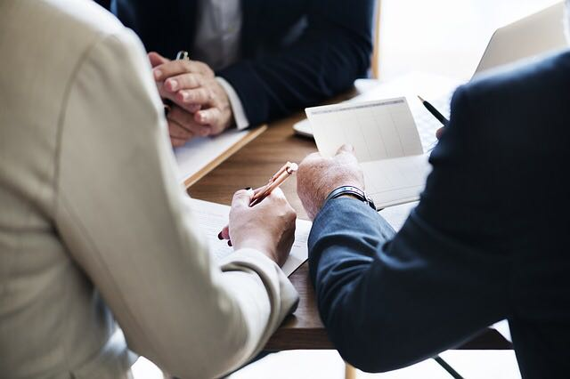 معايير إجراءات الاجتماعات اليومية للمبيعات