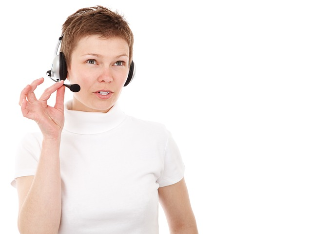 آداب التحدث عبر الهاتف في الفنادق