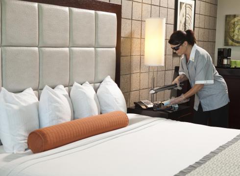 تحضير غرف النزلاء للتنظيف