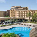 مسبح فندق انتركونتيننتال الرياض